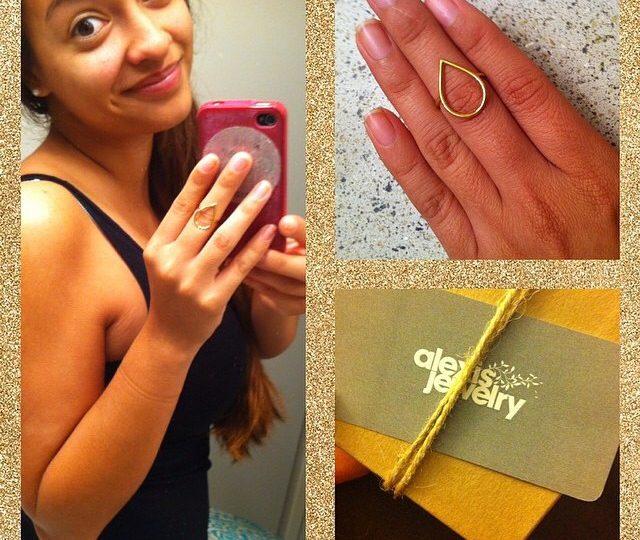 Repost of our summer giveaway winner @arielsacutie wearing her new dew drop ring ️#alexisjewelry
