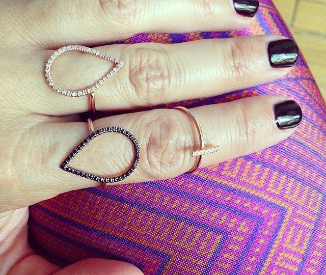 ️ Mixing & Matching ️ #Happy #Monday #AlexisJewelry #Dainty #jewelry #madeinLa #Diamonds #BlackDiamonds #gold & #rosegold