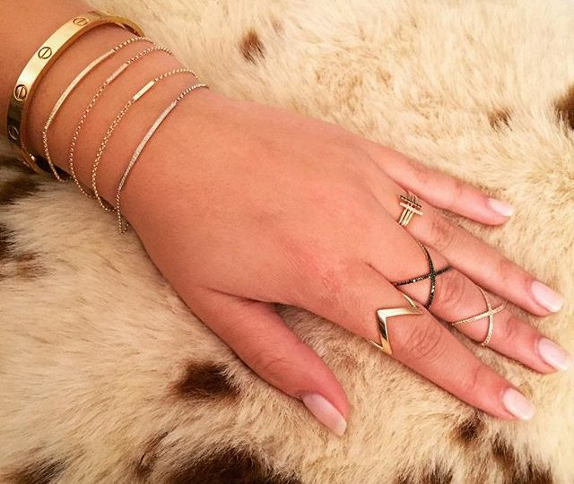 Feeling foXXy in our stacked 'X' rings and layered stick and bar bracelets  #weekend #essentials #alexisjewelry #bracelets #rings #gold #diamonds #blackdiamonds #finejewelry #cowhide #cartier #layers #stacked #delicate #everyday #jewelry #insta #instagoodnight #instadaily #instamood #instastyle #instalike #style