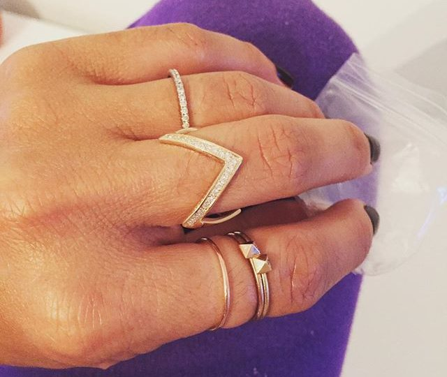 Custom Zig Zag Ring with Diamonds  #alexisjewelry #finejewelry #madeinla #gold #yellowgold #rosegold #diamonds #rings #stackable #everyday #delicate #jewelry
