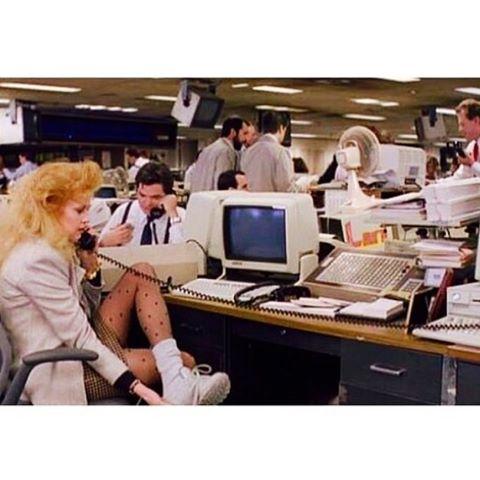 It's MONDAY | Let's get to work, everyone! ️️️ #monday #coffee #manicmonday #butfirstcoffee #workworkwork #cantstopwontstop #retro #throwback #oldschool #la #losangeles
