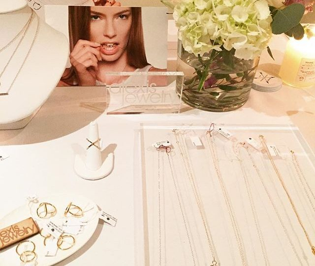 #FBF Flashback to our wonderful night at the Mondrian | @mondrianhotels @fullmoonbazaar | #alexisjewelry #finejewelry #fullmoonbazaar #skybar #mondrian #westhollywood #jewelry #flasbackfriday #madeinla #losangeles